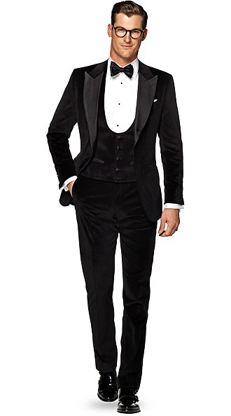 Eveningwear - Complete Your Black Tie Look | Suitsupply Online Store
